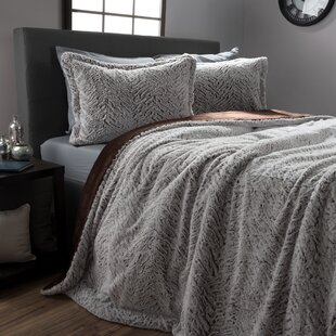 The Pillow Collection Quarry Geometric Bedding Sham Pewter King//20 x 36