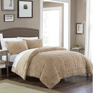 Ostrowski 3 Piece Queen Reversible Comforter Set