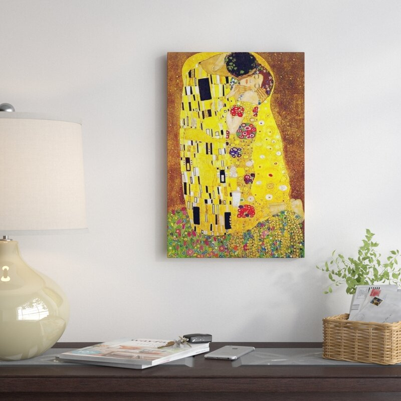 The Kiss\' by Gustav Klimt Graphic Art Print & Reviews   AllModern