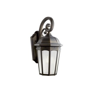 Flinders 1-Light Outdoor Wall Lantern