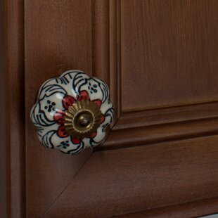 Handpainted Flower Novelty Knob (Set of 10)