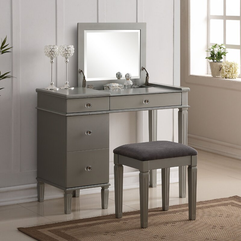 Balamore  Piece Vanity Set With Mirror