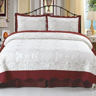 Juliette Embroidered Quilt Set