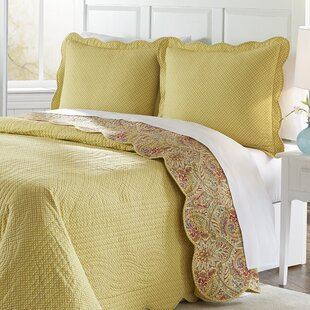 Swept Away 3 Piece Reversible Quilt Set