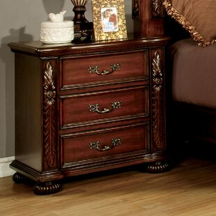 Lannisten 3 Drawer Nightstand