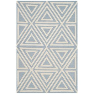 Claro Triangles Hand-Tufted Blue/Ivory Area Rug