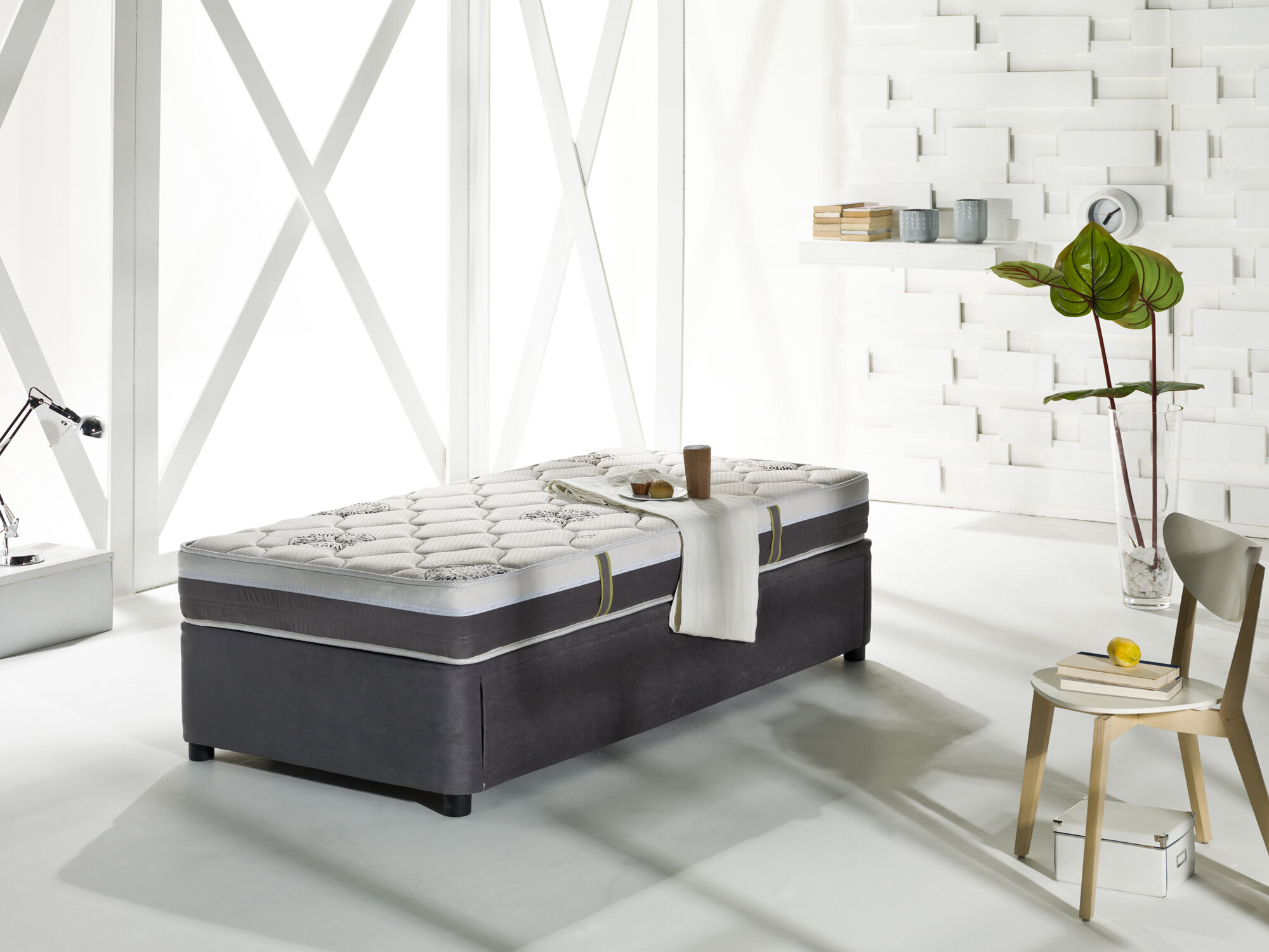 - Latitude Run Four Seasons Twin XL Daybed With Trundle And Mattress