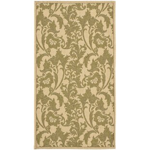 Short Cream / Green Indoor/Outdoor Area Rug
