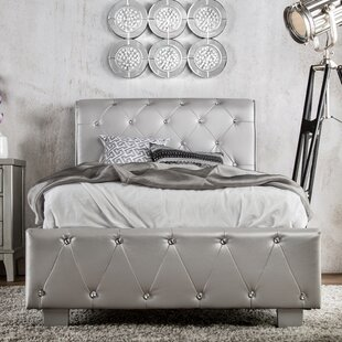Vivianne Upholstered Sleigh Bed