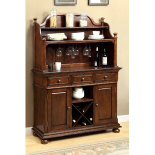Powhattan Buffet Table With Hutch