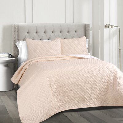 The Twillery Co. Shuler 3 Piece Quilt Set Color: Blush, Size: King