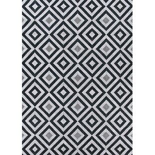 Best Choices Medora Black/White Indoor/Outdoor Area Rug By Wrought Studio