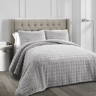 Withrow 3 Piece Quilt Set