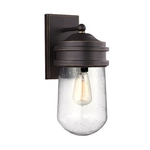 Affordable Irving 1-Light Outdoor Sconce By Breakwater Bay