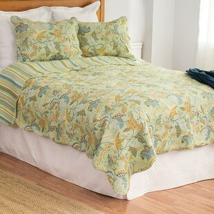 Iyanna Cotton Reversible Quilt Set