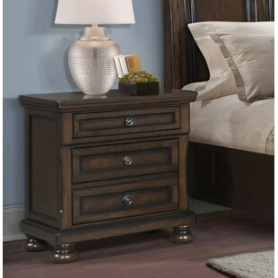 Guyton 3 Drawer Nightstand by Alcott Hill