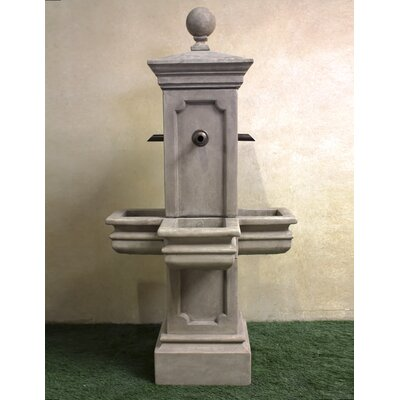 Giannini Garden Ornaments Columnaris Concrete Courtyard Fountain