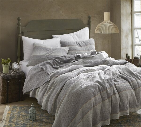 Pinner Portugal Soft Denim Stone Washed Quilt