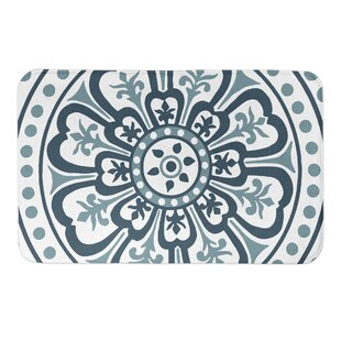 Manatuto Medallion Bath Rug