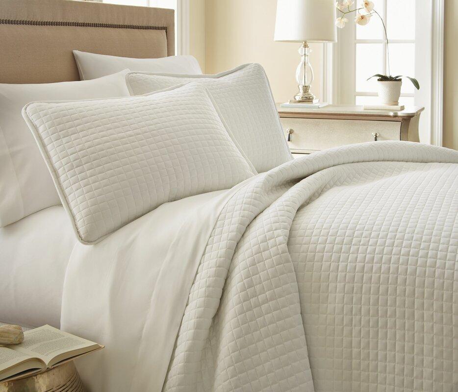 Quilts & Quilt Sets You'll Love | Wayfair : beige quilt - Adamdwight.com