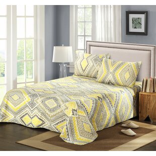 Modern Summer Diamond Reversible Quilt Set