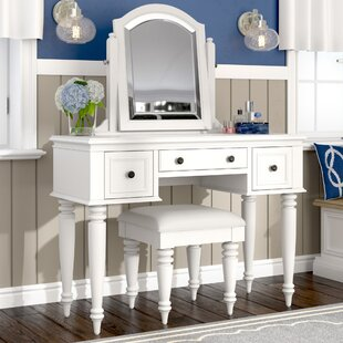 Affordable Harrison Vanity Set with Mirror ByBeachcrest Home