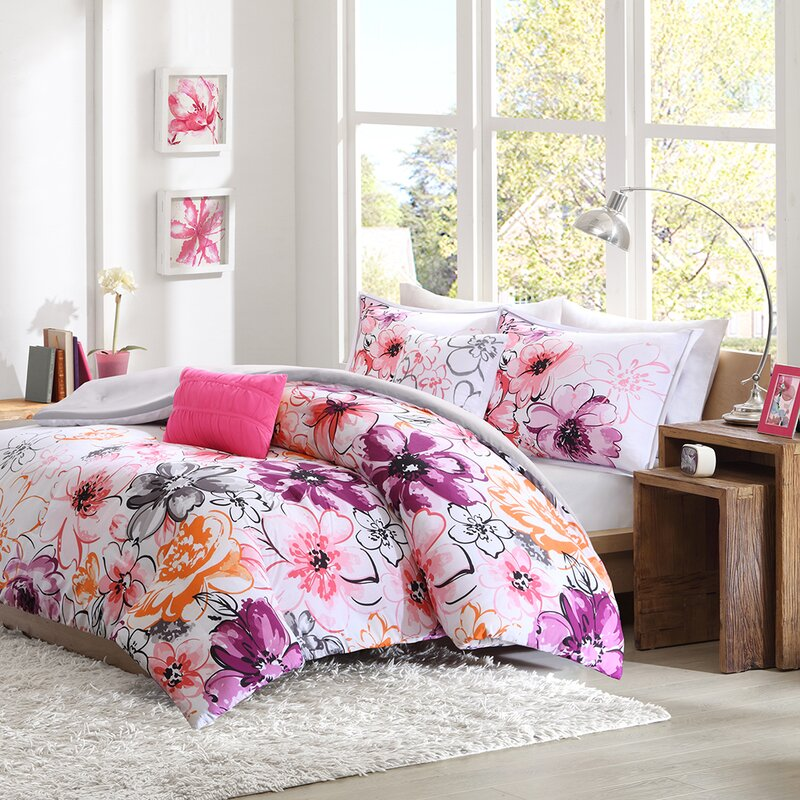 Diarte Reversible Comforter Set