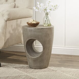 Cimarron End Table by Tren..