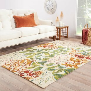 Ivory Hand-Hooked Ivory Indoor/Outdoor Area Rug