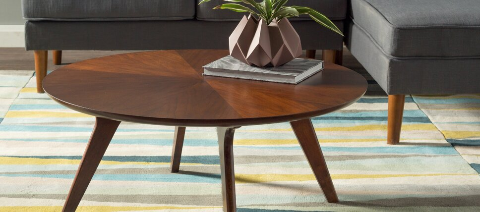 the outlet coffee tables