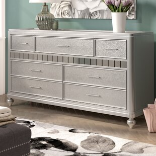 Adhafera 7 Drawer Dresser