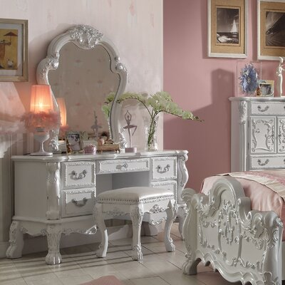 Welliver Vanity Set with Mirror Color: Antique White