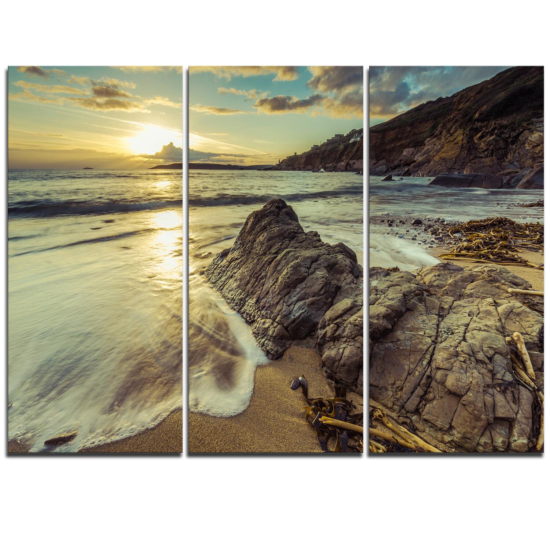 Designart Sunset At Beach Vintage Style 3 Piece Graphic Art On Wrapped Canvas Set Wayfair