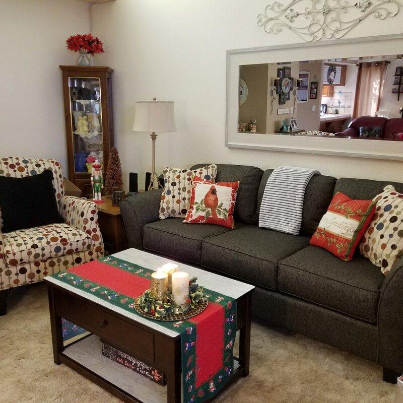 Traditional Living Rooms: Traditional Living Room Design Photo By Wayfair