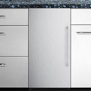 Summit 15 50 lb. Daily Production Built-In Ice Maker by Summit Appliance
