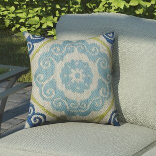 Beaufort Traditional Indoor/Outdoor Throw Pillow by Bungalow Rose Best