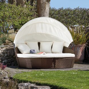 Aviara Garden Daybed With Cushions Image