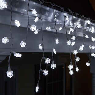 Wintergreen Lighting 70 Light Snowflake Icicle LED Light