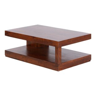 Review Holstein Coffee Table