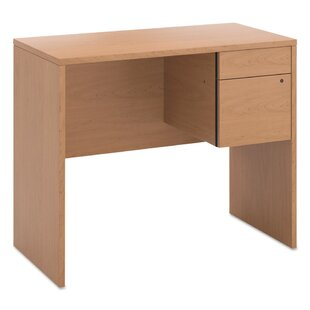 10500 Series Writing Desk