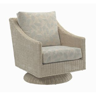 Review Carly Swivel Armchair