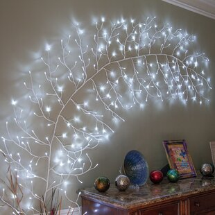 The Holiday Aisle Climbing Vine LED String Lighting