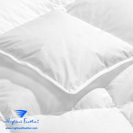 Thionville Midweight Down Comforter
