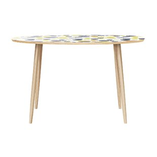 McKaylah Dining Table