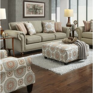 Stewood Loveseat
