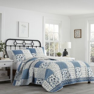 Rockwell Reversible Quilt Set