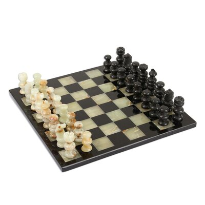 World Menagerie Perrysburg Verdant Challenge Onyx and Marble Chess