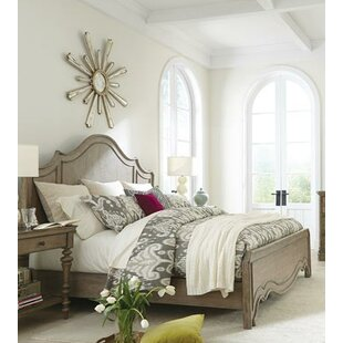 Paredes Panel Bed