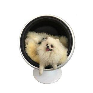 Bradfield Dog Swivel Balloon Chair by Tucker Murphy Pet