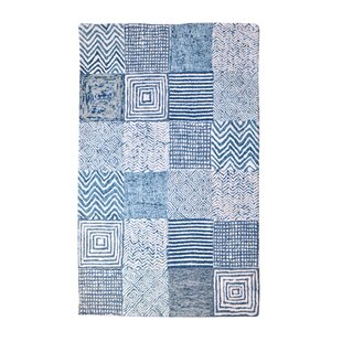 Read Reviews Bonham Hand-Tufted Wool Blue/White Area Rug By Bungalow Rose